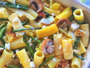 Rigatoni with Spring Vegetables in a Creamy Lemon & Garlic White Sauce